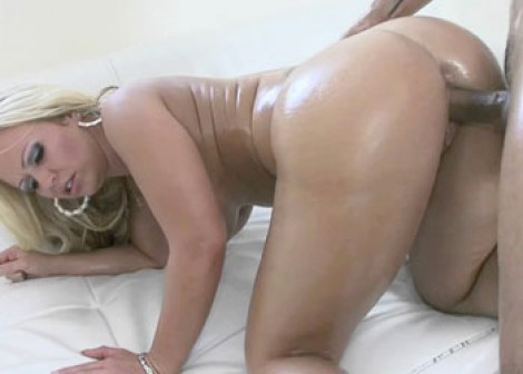 Petite Austin gets her tiny pussy fucked